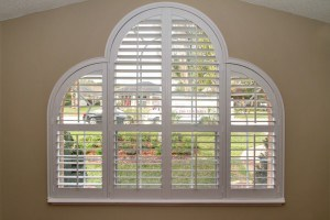 head-shoulders-louvered-arch